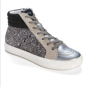 Brand New Steve Madden Mixed Media Sneakers Size 8